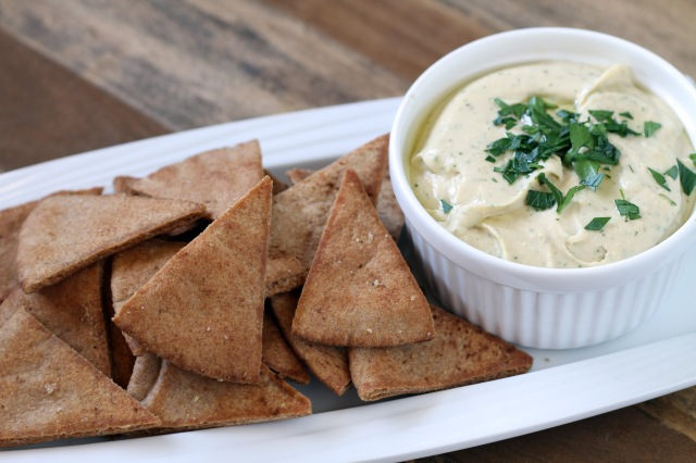 Lemon Garlic White Bean Dip